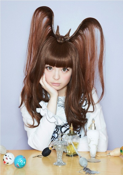 kyary-pamyu-pamyu-fashion-monster-01