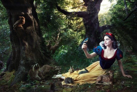 disney-snow-white-rachel-weisz