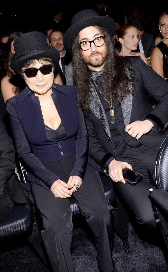rs_634x1024-140126185603-634.Yoko-Ono-Sean-Lennon-Grammys.ms.012614