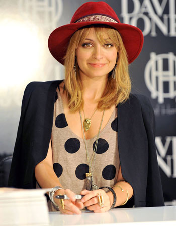 celebrities-summer-hats-nicole-richie