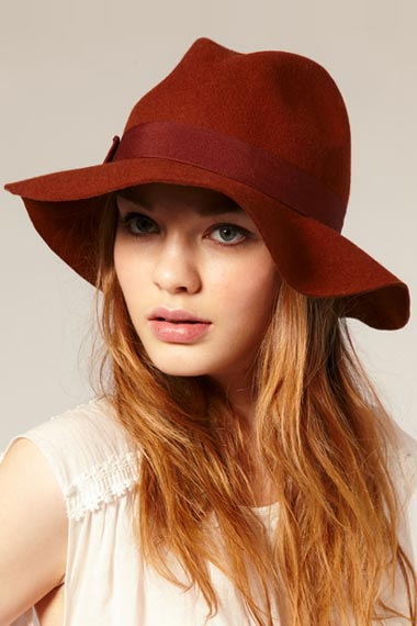 red-style-beautiful-summer-hats-for-teenage-girls