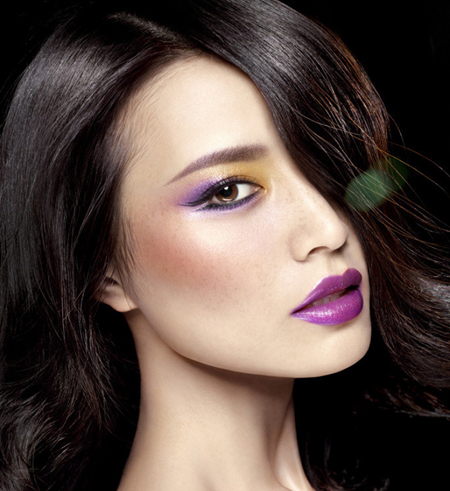 how-to-wear-purple-lipstick-3