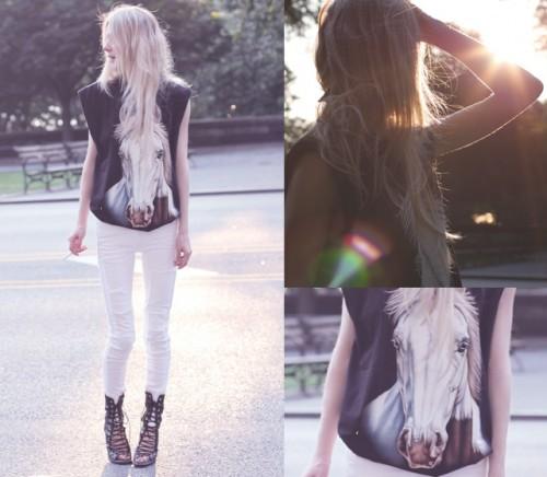357644_lookbook-horse-e1346764442538